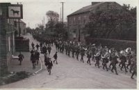 First World War parade coming down Newton Road.